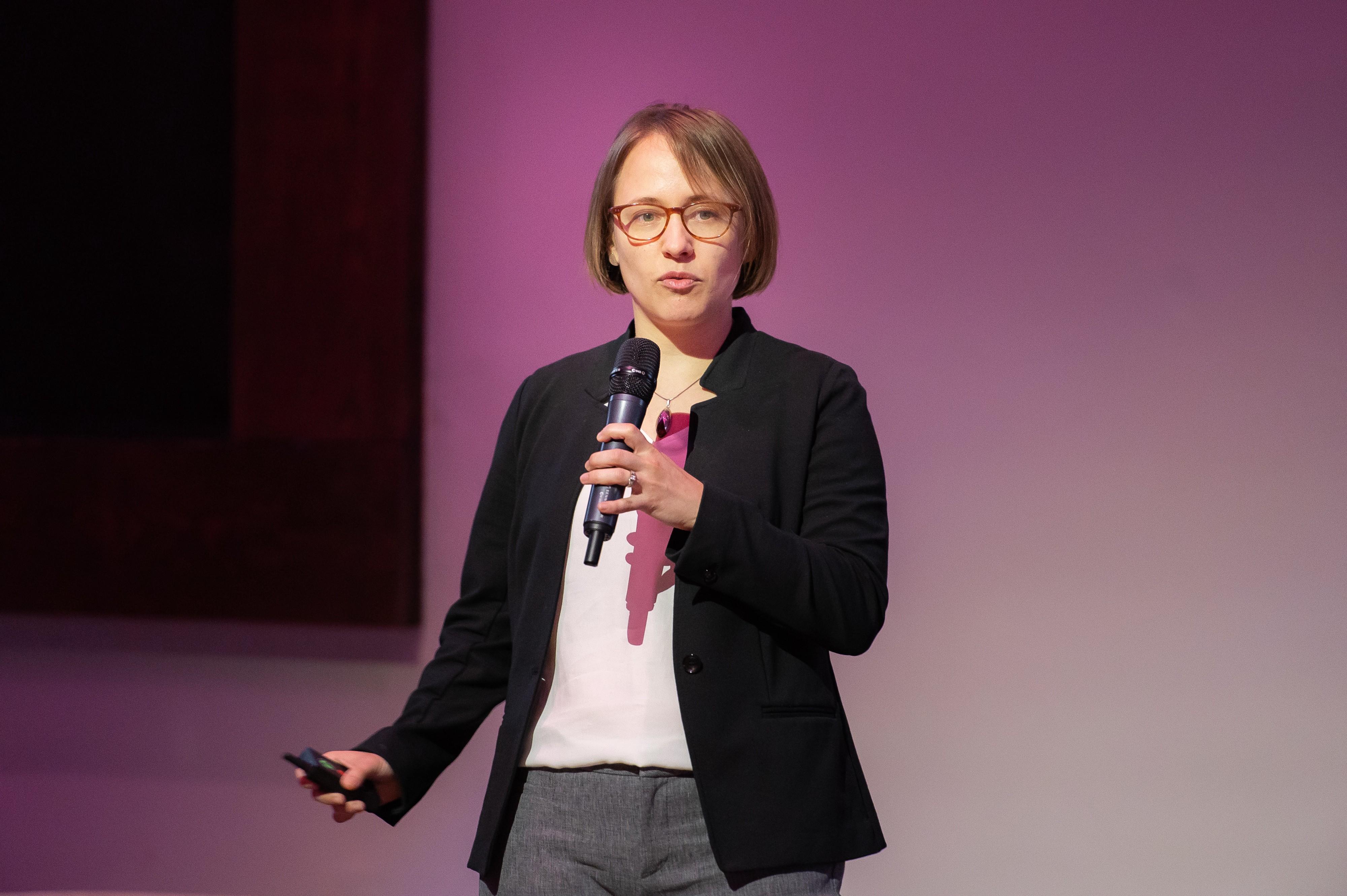 Anna Graseck, MD presenting Penn Medicine's ROIanalysis